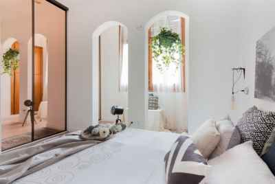 Renovated apartment near Sagrada Familia